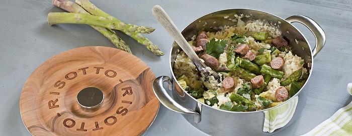 Risotto mit Salsiccia und grünem Spargel