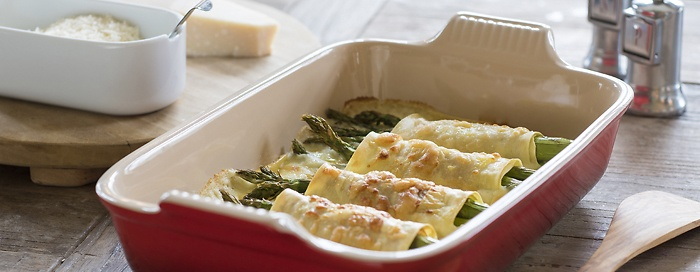 Spargel-Cannelloni mit Parmaschinken